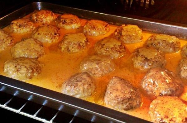 Тефтели со сметаной в духовке рецепт пошагово13